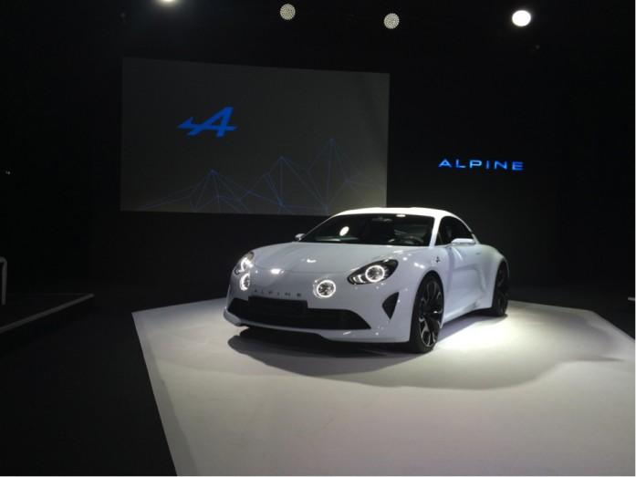 renault-alpine-lacement